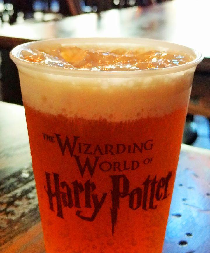 푸드_마법사들의 음료, <해리포터> 속 '버터 맥주' 맛보기 이미지