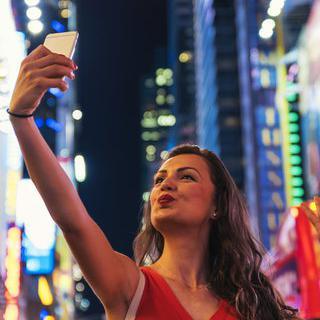 자유의 상징, 뉴욕으로 혼자 여행가기