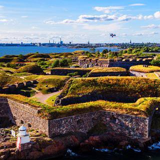 유럽 최대의 바다 요새, 아름다운 수오멘린나에서 산책하기