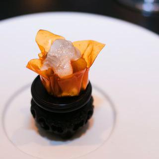 미슐랭 3스타에 빛나는 '베누'에서 동서양 퓨전 요리 맛보기