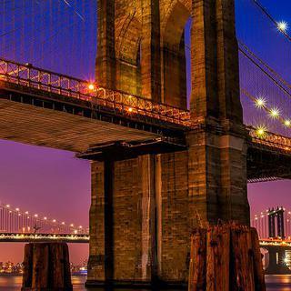 뉴욕의 랜드마크, 브루클린 대교에서 황홀한 야경 감상하기