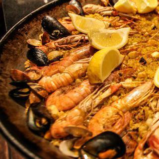 해산물의 진미를 맛 볼 수 있는 곳, 바르셀로나 'Bar Nolla'에서 만찬 즐기기