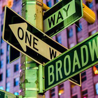 뮤지컬의 오아시스, 뉴욕 브로드웨이에서 공연 즐기기