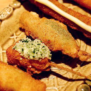 섬세한 오사카식 튀김 구시아게 먹기