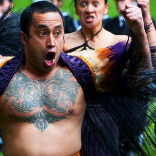 흥과 힘의 생명력, 마오리족 전통 예술 '하카' 배우기