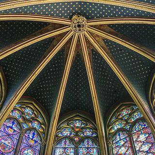 서양 예술사의 위대한 걸작, 생트샤펠 성당 스테인드글라스 감상하기