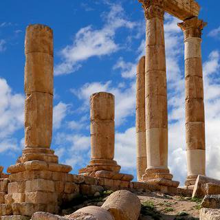 요르단의 수도 '암만'에서 역사 탐방하기