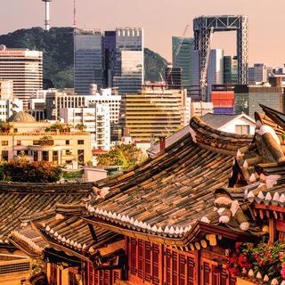 과거와 현대의 역사가 공존하는 서울 도심 걸어보기