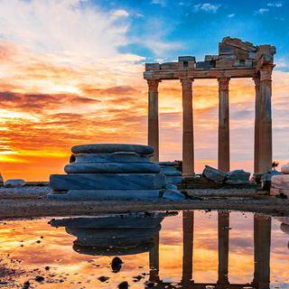 신이 남긴 흔적을 아로새긴 축복의 땅, '안탈리아'에서 고대 유적 탐방하기