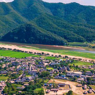 강물이 굽어 감싸는 양반 마을, '안동'에서 전통 체험하기
