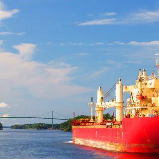 캐나다 킹스턴에서 유람선 타고 만나는 '천 섬 투어' 즐기기
