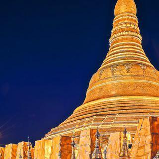 미얀마 3대 사원, 찬란하게 빛나는 '쉐다곤 파고다'의 야경 감상하기