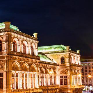 음악과 낭만이 흐르는 예술의 도시 비엔나에서 오케스트라 감상하기