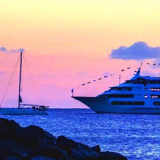하와이 '호놀룰루'에서 크루즈 타고 특별한 디너 즐기기