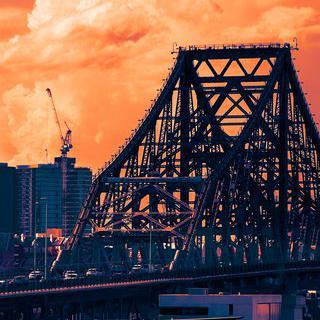 '스토리 브릿지'에서 자연과 도시가 조화롭게 어우러진 브리즈번 경치 감상하기