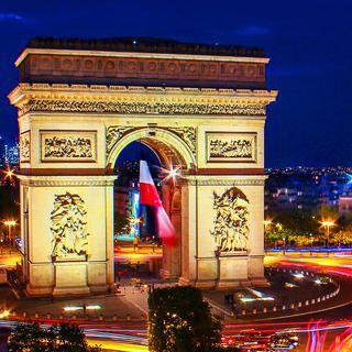 사랑과 낭만의 도시, 로맨틱한 파리 여행하기