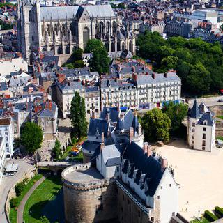 유서 깊은 역사 위에 세워진 '낭트'의 현대식 건축물 돌아보기