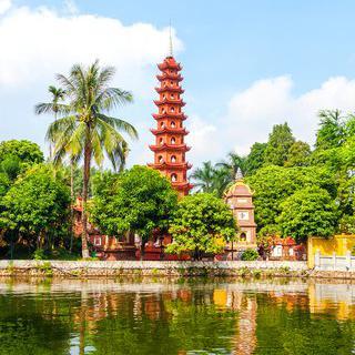 베트남의 국보를 품은 수도, 하노이의 사원 따라 여행하기