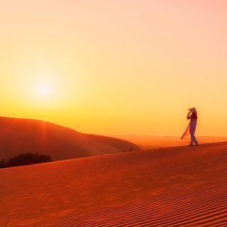 유일한 동남아의 사막, 무이네 모래 언덕에서 일출 감상하기