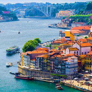 2,000년의 세월을 간직한 매력적인 항구 도시, 포르투갈 포르투 방문하기