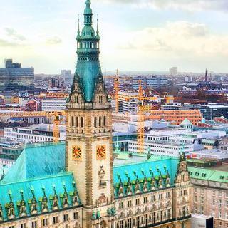 풍요로운 항구 도시, 반전 매력의 '함부르크' 여행하기