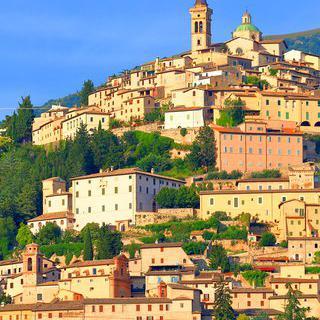 이탈리아의 숨은 보석을 찾아서, '트레비'에서 역사 속 유적 탐방하기