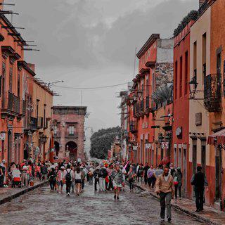 예술색이 짙은 도시, 멕시코 '산 미겔  데 아옌데'의 골목 걸어보기