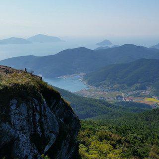대한민국 힐링 여행지, '통영'에서 지역 역사를 담은 축제 즐기기