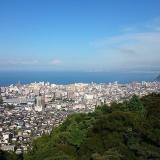 팬더 모노레일을 타고 떠나는 유원지 여행! 바다가 보이는 Beppu Rakutenchi에서 놀이기구 타기