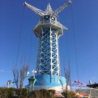 동화같은 숲속 유원지의 경치, Ikomasanjo Amusement Park에서 케이블카타기