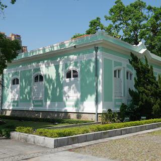 민트초코를 닮은 주택, 타이파 주택 박물관에서 꽃구경하기