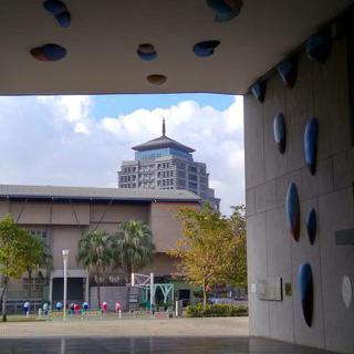 아티스트 여행자들의 독서 본능을 위한 다동 문화과 예술 센터에서 독서하기