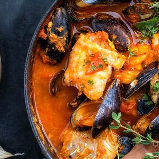 지중해의 신선한 맛, '부야베스' 맛보기