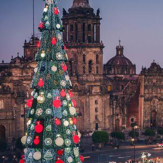 멕시코시티의 심장, '소칼로' 광장 돌아보기