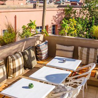 모로코 전통 가옥을 개조한 호스텔에서 쉬어가기