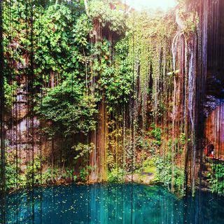 자연이 선물한 천연 우물, '익킬 세노테'에서 수영하기