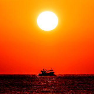 붉게 물드는 울산 앞바다, '강양항 일출 포인트'에서 해돋이 보기