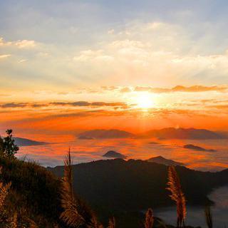 하늘로 향하는 길, '푸치파'에서 일출 감상하기