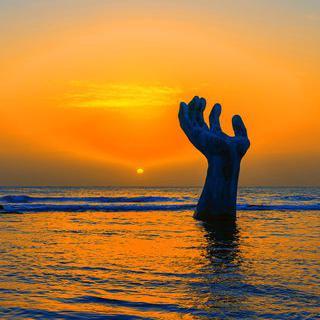 손바닥 위로 떠오르는 희망의 해, '호미곶 한민족 해맞이축전'에서 일출 보기
