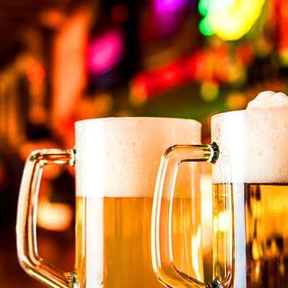 '브라티슬라바'의 유서 깊은 맥주 양조장에서 라거 마시기