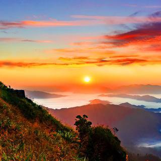 산 위에 펼쳐진 구름 바다, '푸치파'에서 일출 감상하기