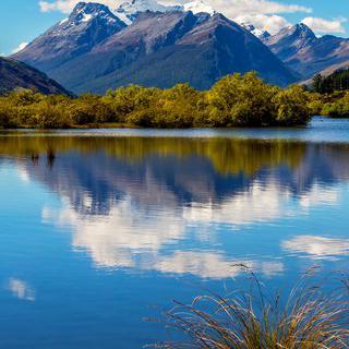 물결이 요동치는 '와카티푸 호수'에서 거인의 심장 박동 느끼기