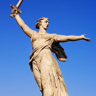 볼고그라드의 상징, '마마예프 쿠르간'에서 거대 동상 보기