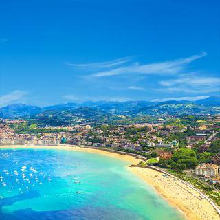 스페인 왕실의 여름 휴양지, '라 콘차 해변'에서 힐링하기