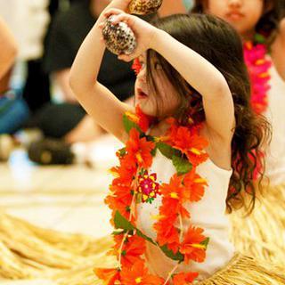 훌라와 함께 춤을, '힐로'에서 메리 모나크 페스티벌 관람하기