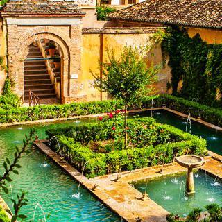 건축가의 정원, '헤네랄리페'에서 분수 감상하기