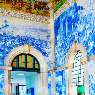 아름다운 기차역, '상벤투역'에서 푸른 벽면 감상하기