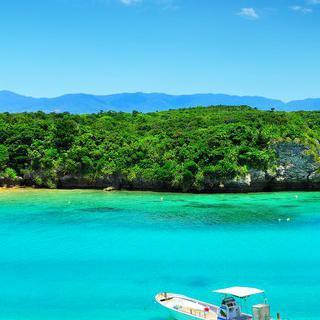 파노라마로 펼쳐지는 바다, 'Kabira bay'에서 글라스 보트 타기