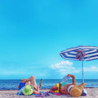 도심의 방파제, 'Las Canteras Beach'에서 일광욕하기
