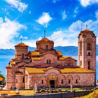 마케도니아 정교회의 성지에서 여행 사진 찍기